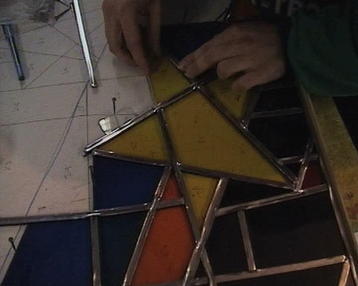 Petite feuille Vidéo : réalisation d'un vitrail