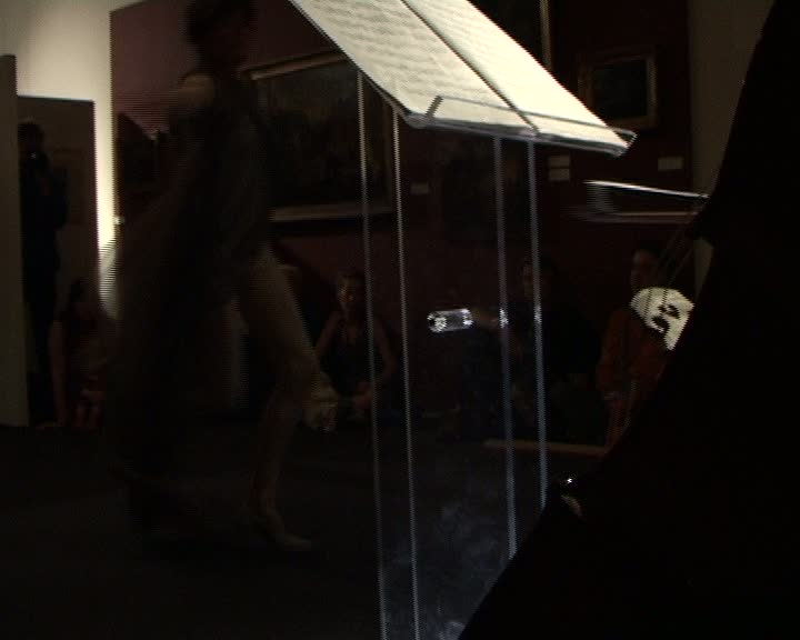 Performance artistique de Judith Farro
