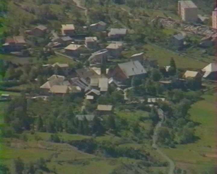 Argentière-la-Bessée porte de la haute montagne (L')